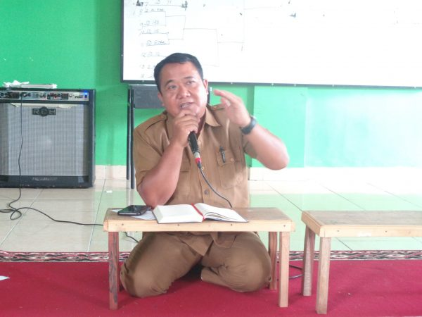 Rapat dalam rangka menindaklanjuti surat edaran Disdik Kota Pekanbaru mengenai pencegahan penyebaran virus corona (covid 19)